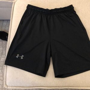 Black under armour workout shorts